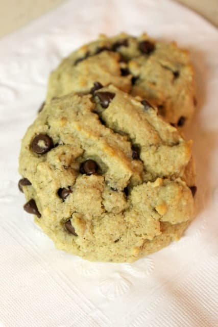 Almond Flour Chocolate Chip Cookies With Xanthan Gum